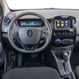 """Na prvi pogled, ovo bi mogao biti interijer bilo kojeg Renaulta iz B segmenta. Uostalom, tu su R-Link i neki prepoznatljivi """"obiteljski"""" detalji"""