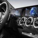 autonet_Mercedes-Benz_A_klasa_2017-11-24_004