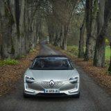 autonet_Renault_Symbioz_koncept_2017-12-12_025