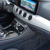 Ulazak u vozilo i pokretanje motora bez ključa, kao i Hands-free otvaranje prtljažnika spadaju u detalj s popisa dodatne opreme paketa Keyless-Go