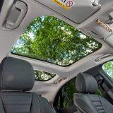 Dvostruki krovni prozor jamči vrhunsku osvijetljenost interijera. Stražnji dio nije otvoriv, no ima električno pokretano sjenilo kao i prednji