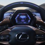 autonet_Lexus_LF-1_Limitless_2018-01-16_010