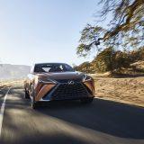 autonet_Lexus_LF-1_Limitless_2018-01-16_020