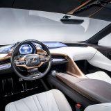 autonet_Lexus_LF-1_Limitless_2018-01-16_034