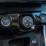 Sustav Grip Control te nadzor nad brzinom prilikom spuštanja niz strminu spadaju u detalje s popisa dodatne opreme. S istog je popisa i otključavanje vozila te pokretanje motora bez ključa