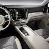 autonet_Volvo_V60_2018-02-22_037