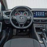 U unutrašnjosti zatječemo pročišćen i vrlo pregledan dizajn koji pruža dobru ergonomiju za jedan mali automobil. Dakako i taj je dizajn već viđen te time i pomalo arhaičan