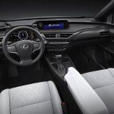 autonet_Lexus_UX_2018-03-07_011