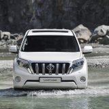 autonet_Toyota_Land_Cruiser_2015-12-03_007