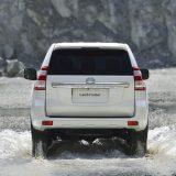 autonet_Toyota_Land_Cruiser_2015-12-03_010