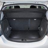 Prtljažnik nudi obujam od 285, odnosno s preklopljenim stražnim sjedalima 1120 dm3