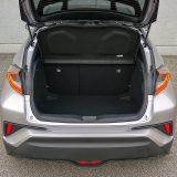 Toyota C-HR nudi sasvim solidan obujam prtljažnika od 377 dm3. Uostalom, ovo je prvenstveno gradski automboil