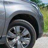Serijski uz paket opreme Active Peugeot 2008 nudi čelične 16-colne naplatke. Stoga su ovi, također 16-colni, lijevani došli s popisa dodataka