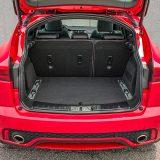 Prtljažnik u standardnoj konfiguraciji ima obujam od  raskošnih 577 dm3, što je proširivo do 1234 dm3. Tu je i posebni sustav za fiksiranje prtljage