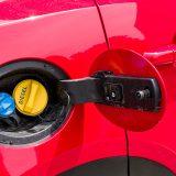 Tekućina AdBlue smještena je u spremniku obujma od 16 litara i uz SCR katalizator jamči najviše ekološke standarde. Spremnik goriva ima zapremninu od 56 l