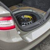 Ispod podnice prtljažnika nalazi se rezervni kotač za privremenu uporabu