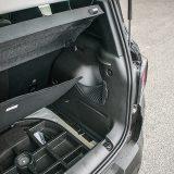Paket opreme Longitude serijski donosi komplet Fix&Go za popravak pneumatika, smješten u pretincima ispod podnice prtljažnika