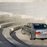 Mercedes-Benz E 50 AMG predstavljen je 1996.