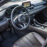 U više nego li bogatoj paleti izvedbi Mazde6, testirani automobil predstavlja vrh ponude limuzinske karoserije. I kao takav, paket Takumi Plus ne samo da je najbogatiji u paleti već i nudi doista sve što bi vam srce moglo poželjeti