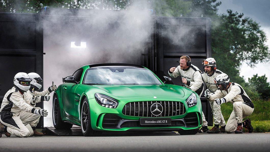 Mercedes-AMG GT R je predstavljen na Brooklandsu, u lipnju 2016.