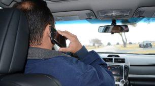 """Telefoniranje za volanom uskoro bi moglo """"koštati"""" 1.500 kuna"""