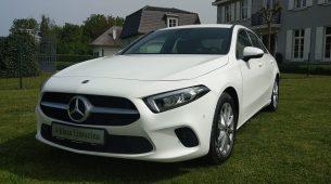 U Mercedes-Benzove salone stigli A-klasa Limuzina i CLA Coupe
