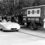 Na autocesti Frankfurt – Darmstadt, Rudolf Caracciola je 11. studenog 1936. s modelom W 25 Stromlinie postavio pet međunarodnih rekorda u klasi te jedan svjetski rekord