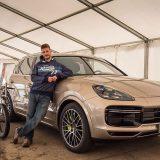 autonet.hr_Porsche_Cayenne_bisiklist_rekord_2019-08-28_002