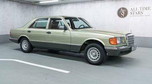 Mercedes-Benz prodaje S klasu iz 1982. za 47.890 eura