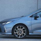 autonet.hr_Toyota_Corolla_Sedan_Hybrid_300_test_2019-09-20_006