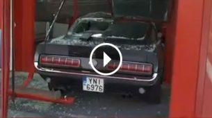 Majstori provalili Mustangom iz 1967. da bi ukrali tri igraće konzole