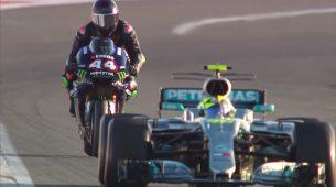 Lewis Hamilton i Valentino Rossi nakratko zamijenili uloge