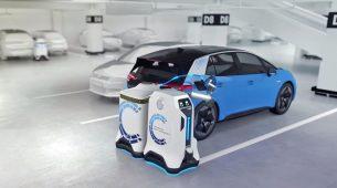 Volkswagen ima koncept robotskog punjača električnih vozila