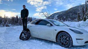 Tesla Model 3 kakvog još nismo vidjeli – s gusjenicama
