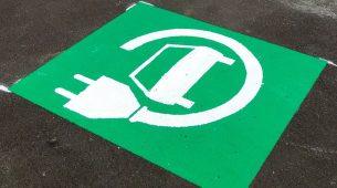Prodaja električnih i hibridnih vozila u EU i dalje snažno raste