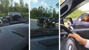 Kamionet potpuno uništen – a vozi!
