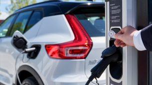 Volvo Cars i Plugsurfing dogovorili servis punjenja električnih modela za više od 200.000 punionica