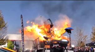 Kamionet eksplodirao pri pokušaju dostizanja 3.000 KS