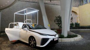 Novi papamobil je Toyota Mirai na vodik