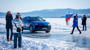 Lamborghini Urus po ledu vozio rekordnih 298 km/h
