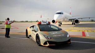 """Zračna luka u Bologni dobila zanimljivo """"Follow me"""" vozilo"""