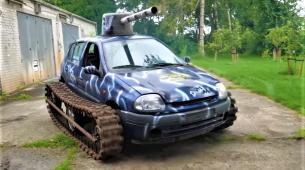 Renault Clio pretvoren u – tenk