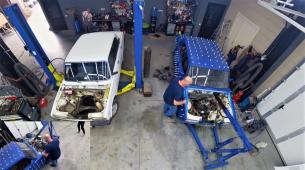 """Transplantacija motora iz jedne Lade u drugu """"na živo"""""""