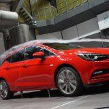 autonet_Opel_Astra_K_2015-09-04_032