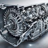 Posebnu temu u priči o pogonsko-prijenosnom sklopu ovog automobila zasigurno zaslužuje izvrsni 9-stupanjski automatski mjenjač 9G-Tronic. Promjene stupnjeva su gotovo neprimjetne, a omogućena je i ručna izmjena