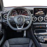 Mercedes je možda jedini proizvođač kojem nećemo zamjeriti korporativni dizajn interijera. Naime, od ergonomije pa do dojma koji ostavljaju upotrijebljeni materijali, kao i njihova završne obrade, sve je na najvišoj razini
