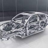 Upotrebi aluminija i čelika visoke čvrstoće možemo zahvaliti što masa ovog automobila nije bila još viša. Naime, uz 1770 kg testirani je GLC Coupé 250 d 4Matic AMG Line sve samo ne lagan...