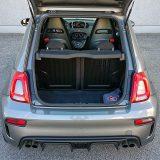 Prtljažnik zaprima uobičajenih 185 dm3, a tu je i mogućnost preklapanja simetrično podijeljenog naslona stražnjih sjedala