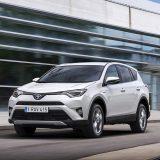 autonet_Toyota_RAV4_Hybrid_2016-02-05_019